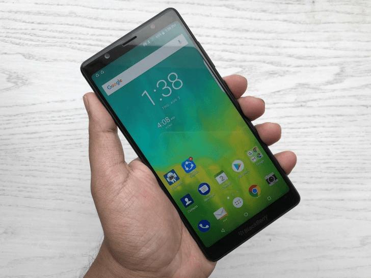 Бескнопочный смартфон BlackBerry Evolve выйдет 10 октября
