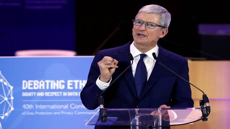 глава компании Apple Тим Кук (Tim Cook)