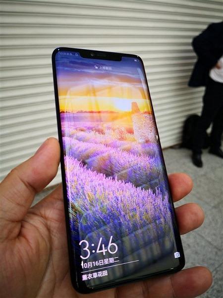 Не LG и не Samsung: флагманский смартфон Huawei Mate 20 Pro оснащается OLED-экранами китайской компании BOE