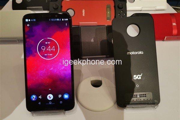 Модуль 5G для смартфонов Moto Z располагает более производительной платформой, чем сами смартфоны