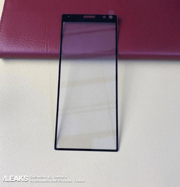 Фронтальная панель Sony Xperia XA3 на фото – фото 1