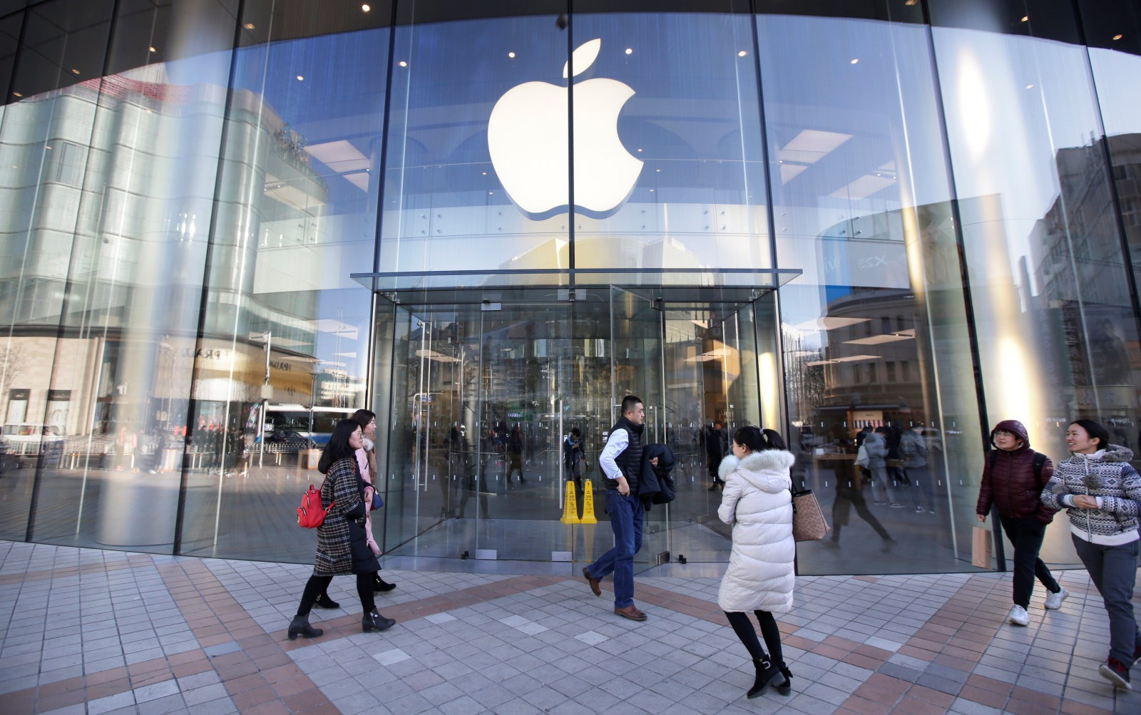 Главным по ИИ в Apple стал бывший вице-президент Google