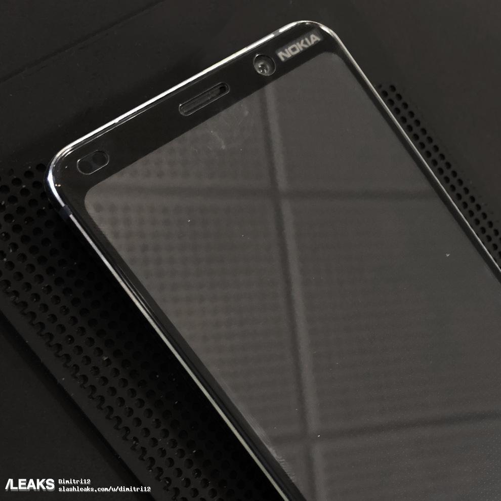 Опубликованы живые фото фронтальной панели флагманского смартфона Nokia 9: выреза нет