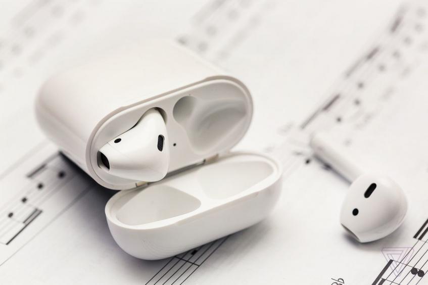 Новые наушники Apple AirPods будут мониторить здоровье