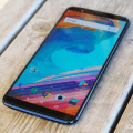 Смартфоны OnePlus 5 и 5T получили стабильную версию OxygenOS 9.0.1