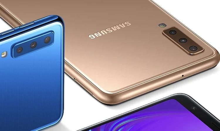 Гибкий смартфон Samsung может быть оборудован «трёхглазой» камерой