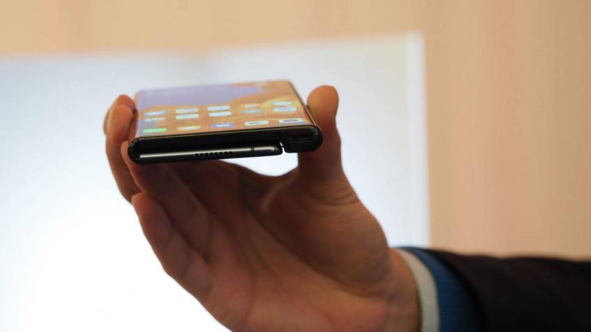 По цене MacBook Pro. Стоимость складного Huawei Mate X самая меньшая из его проблем