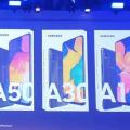 Samsung Galaxy A50, A30 и A10 вместе красуются на официальном изображении