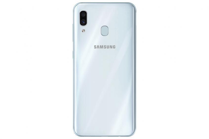 Samsung выпустила недорогие смартфоны среднего класса Galaxy A20, A30 и A50 в России