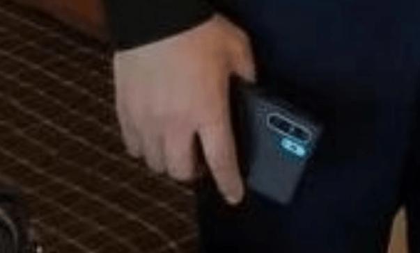Глава Huawei показал флагманский смартфон Huawei P30 Pro