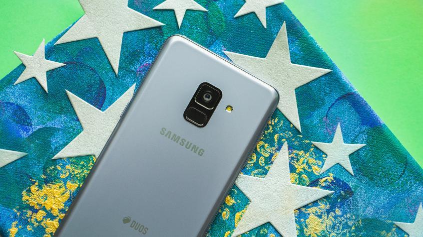 Российские пользователи смартфона Samsung Galaxy A8+ первыми стали получать обновление до Android Pie для своих устройств
