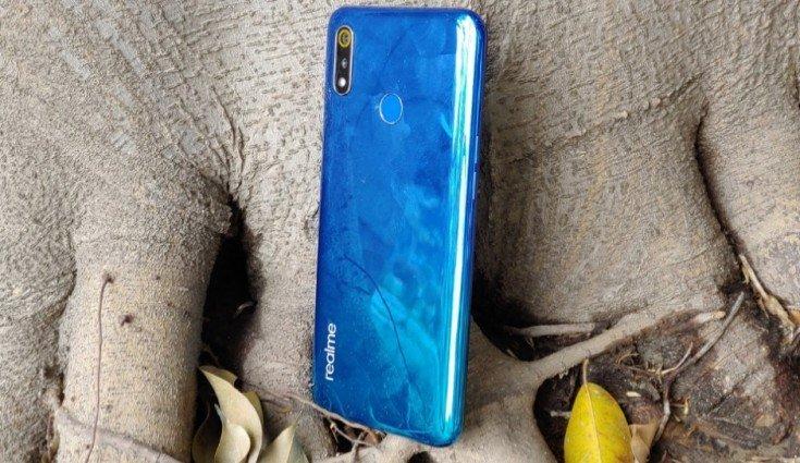 Конкурент для грядущего Redmi 7: смартфон Realme 3 получил ёмкий аккумулятор и очень производительную для своей цены платформу