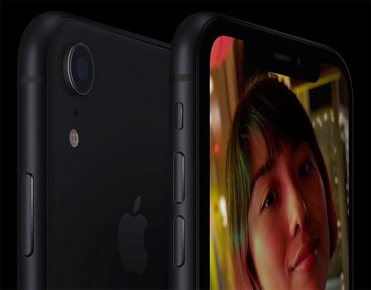 iPhone XR продолжает доминировать на рынке смартфонов в США