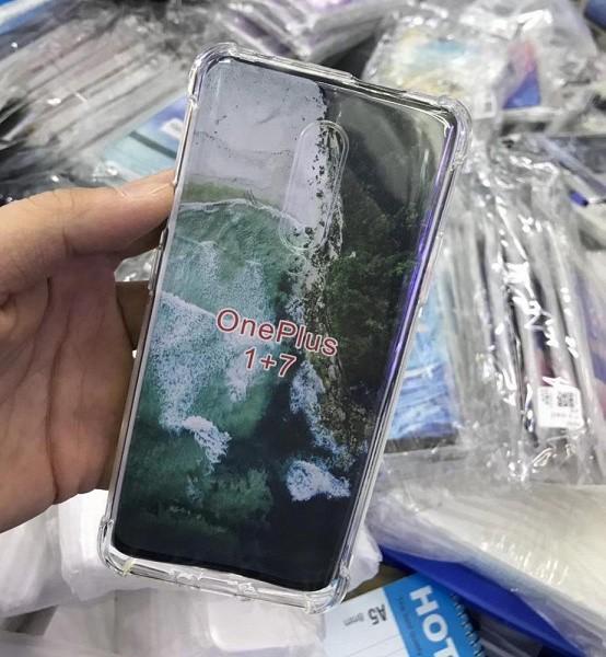 Живые фото подтверждают, что OnePlus 7 Pro будет довольно крупным смартфоном