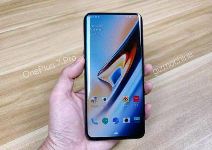 Назван китайский смартфон, равный по качеству экрана iPhone и Samsung