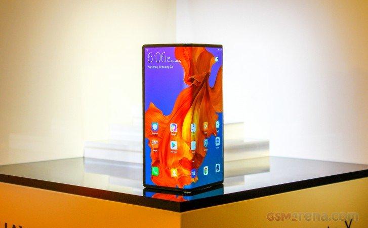 Уже через два года половина флагманских смартфонов Huawei могут быть складными