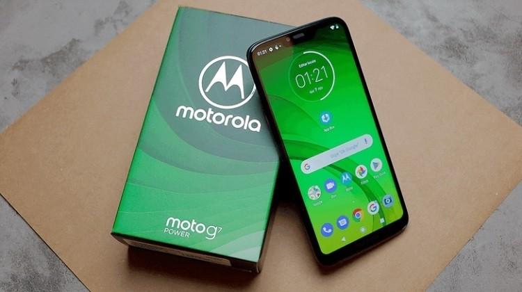Moto G7 Power: доступный смартфон с аккумулятором на 5000 мА·ч