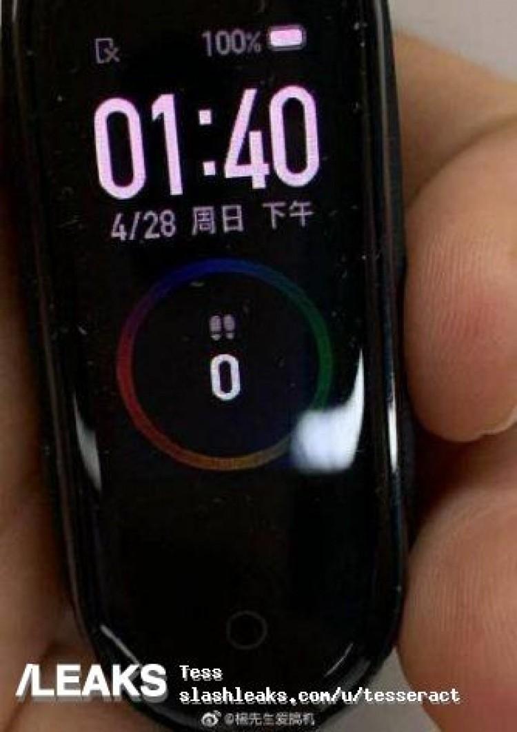 Фитнес-трекер Xiaomi Mi Band 4 показался на фотографиях