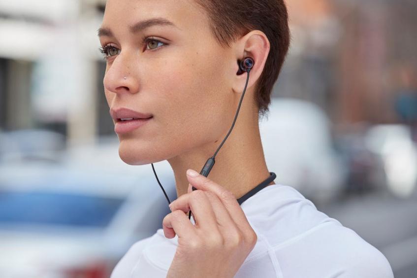 OnePlus представила беспроводные наушники Bullets Wireless 2 - 2