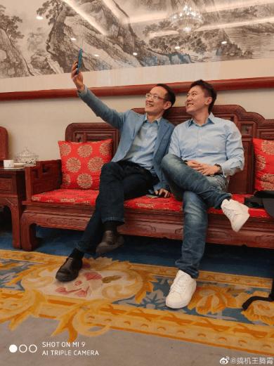 Президент Xiaomi показал флагман Redmi – фото 1