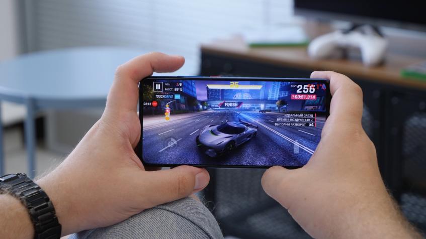 Игровой тест Xiaomi Mi 9T и сравнение с Mi 9 SE и Pixel 3a XL (видео)