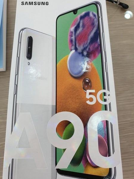Опубликованы фото коробки бюджетного флагмана Samsung Galaxy A90 5G, подтверждены характеристики