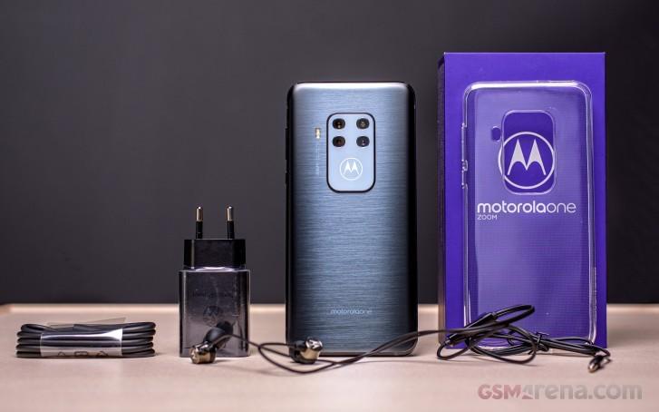Анонс Motorola One Zoom: флагманские фото по средней цене