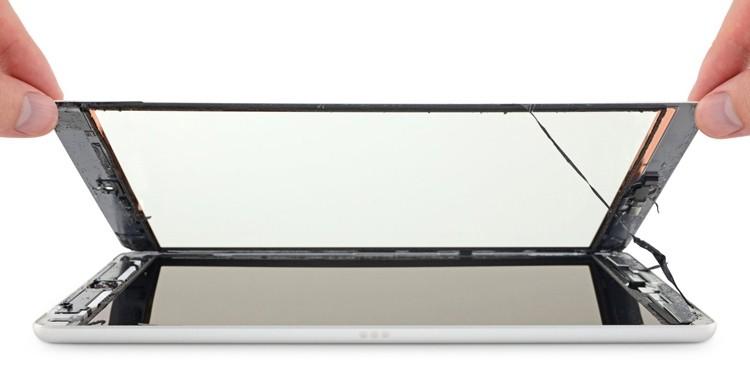 iPad 7 лучше не ломать: планшет практически не подлежит ремонту