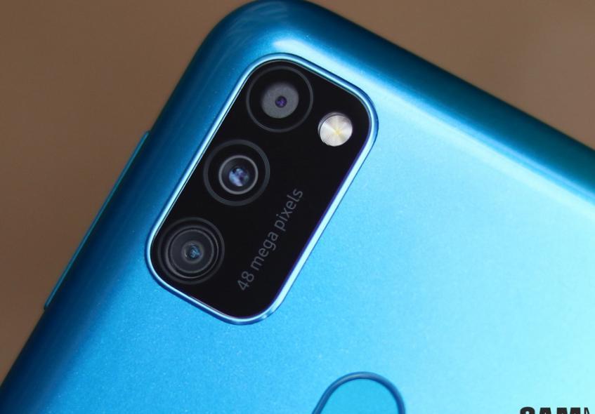 Новый недорогой Galaxy M30s побил популярный бюджетник от Xiaomi в тесте камеры - 1