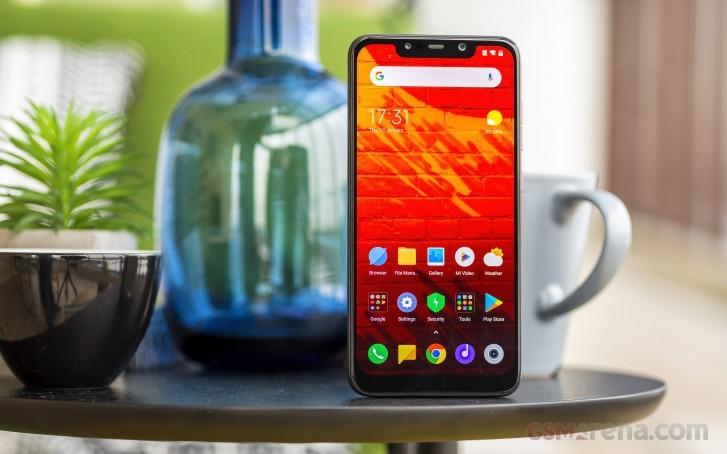 Pocophone F1 получит MIUI 11. Бета-версии прошивки можно установить на несколько смартфонов Xiaomi