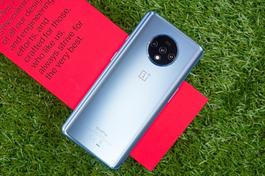 Представлен OnePlus 7T: флагман по-новому – фото 4