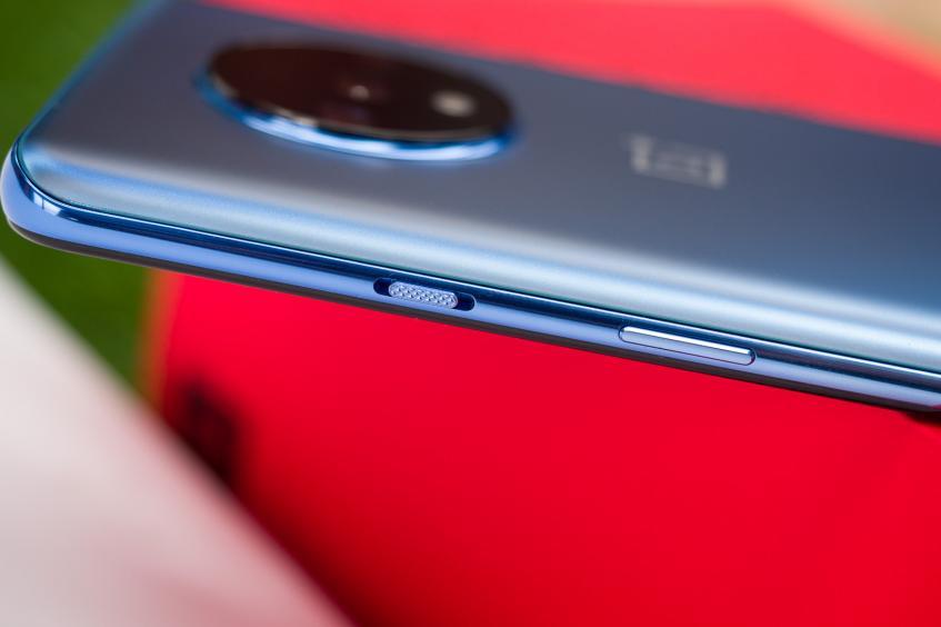 Представлен OnePlus 7T: флагман по-новому – фото 5