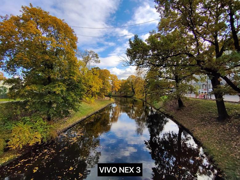 Флагманский Vivo NEX 3 с экраном-водопадом обогнал iPhone 11 в фото-сравнении - 1