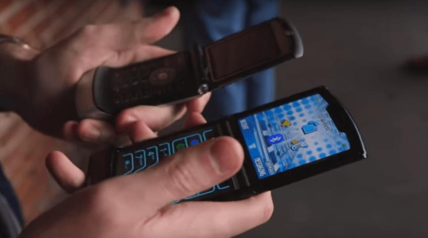 Новую Motorola RAZR 2019 оснастили интересной отсылкой к предшественнику - 1