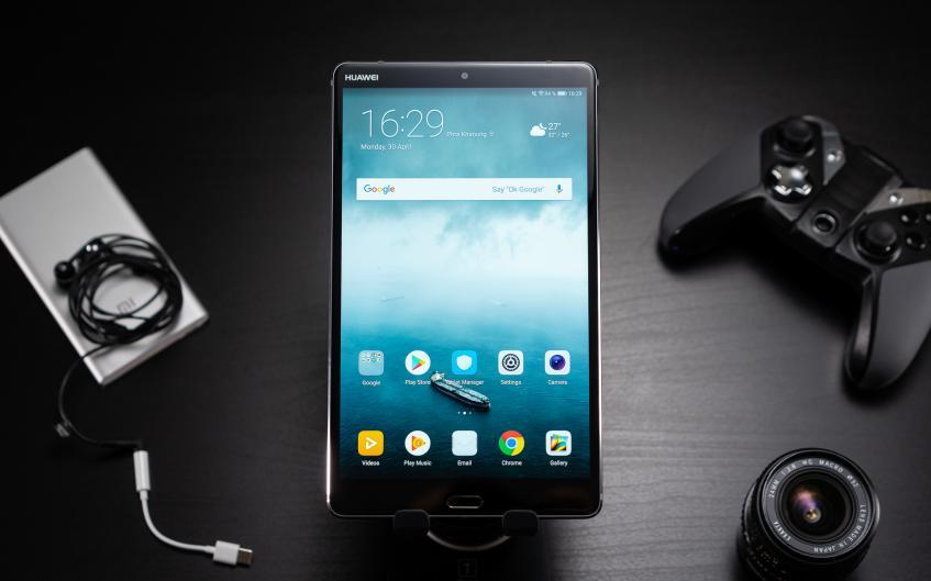 Планшеты Huawei оказались популярнее iPad - 1