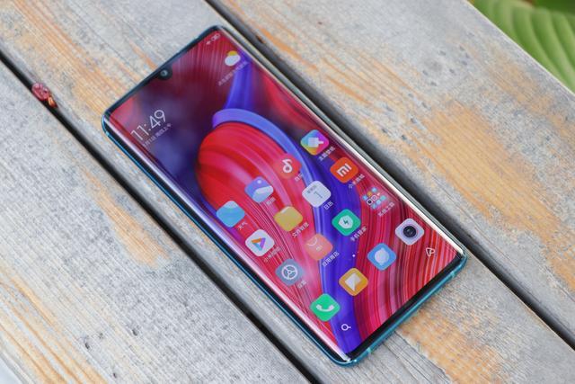 Представлен Xiaomi CC9 Pro с пентакамерой, NFC и емкой батарейкой – фото 2