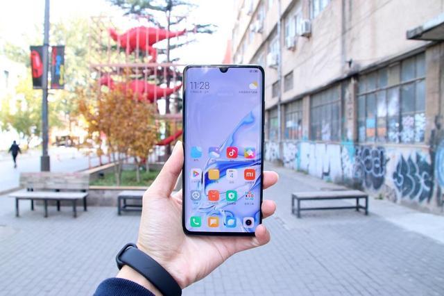 Представлен Xiaomi CC9 Pro с пентакамерой, NFC и емкой батарейкой – фото 11
