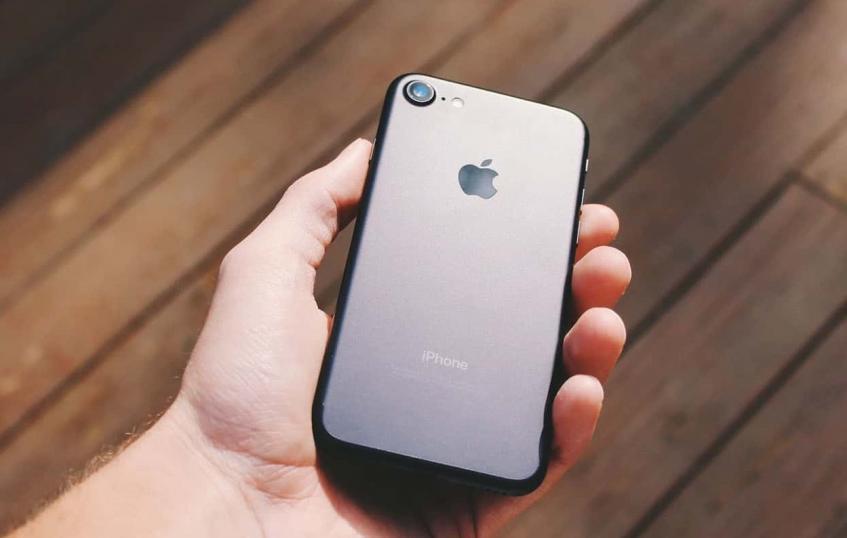 Apple спешит с выпуском iPhone 9 из-за проблем на очень важном рынке - 1
