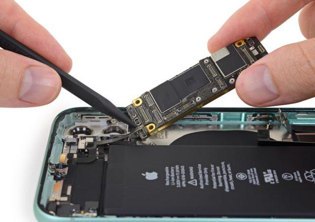 iFixit назвали самые неремонтопригодные устройства 2019 года - 1