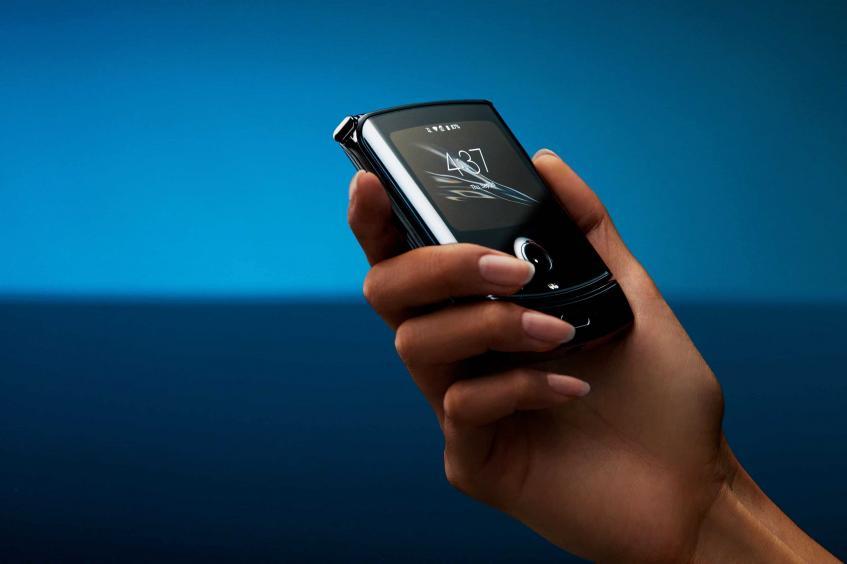 Motorola Razr вновь задерживается. Кто виноват в отложенном релизе?