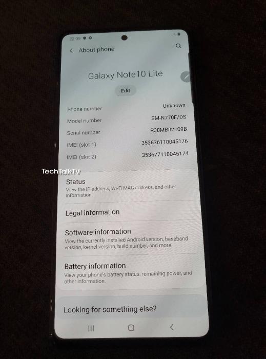 Samsung Galaxy Note 10 Lite позирует вживую на новых фото
