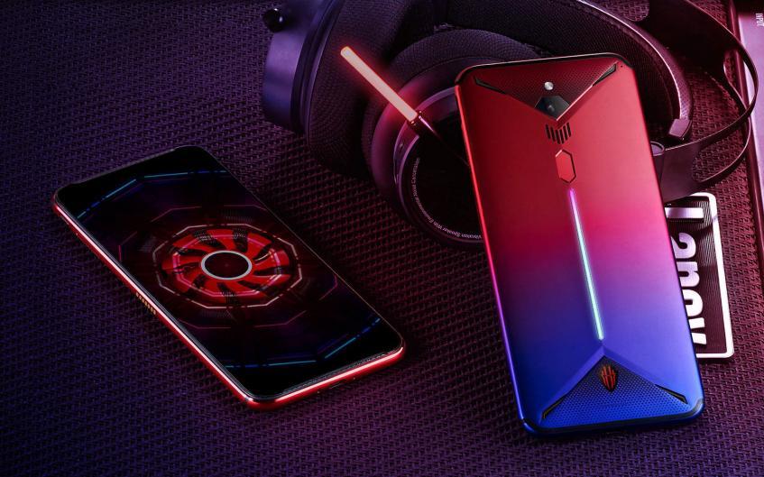 """Смартфон с рекордной частотой обновления экрана 144 Гц """"засветился"""" в популярном бенчмарке - 1"""