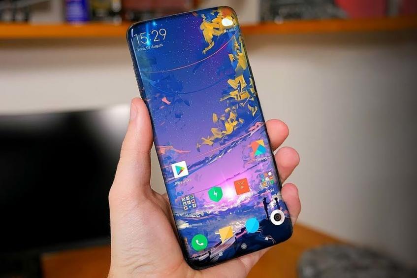 В сеть утекли характеристики ожидаемого флагмана Xiaomi Mi Mix 4 - 1