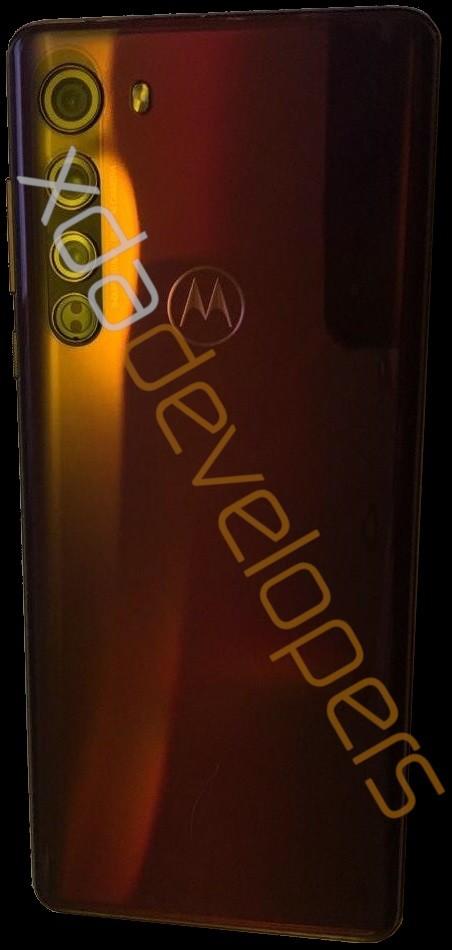 Motorola Edge: фото, видео и характеристики – фото 2