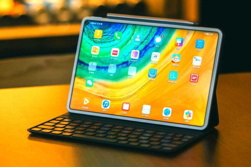 Новый планшет Huawei только на 2% собран из американских комплектующих - 1