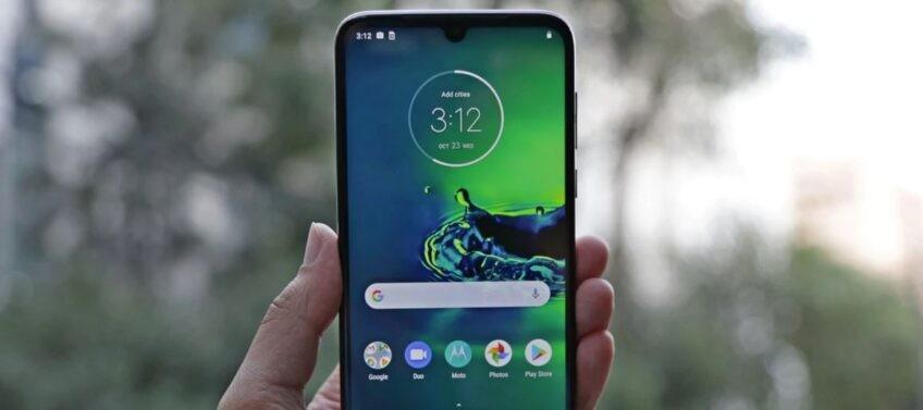 Moto G8 Plus все таки получит Android 10 – фото 1