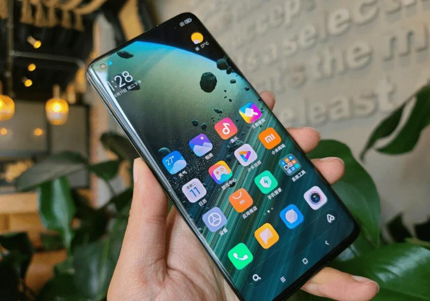 Экран Xiaomi Mi 10 Ultra назвали лучшим на рынке