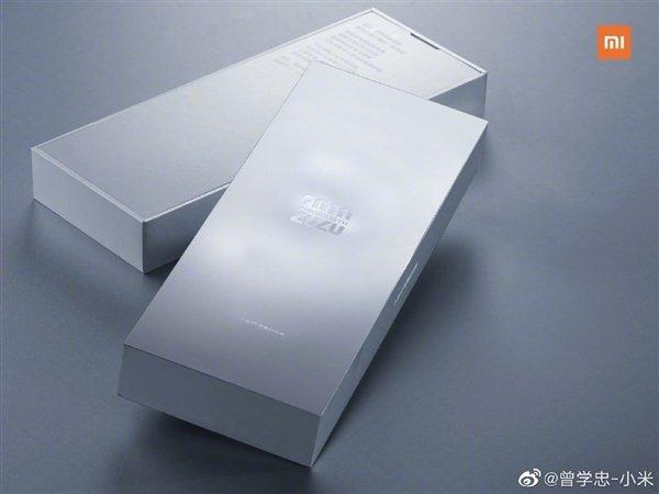 Много «черных технологий» и высокая цена. Что говорят о новом флагмане Xiaomi?