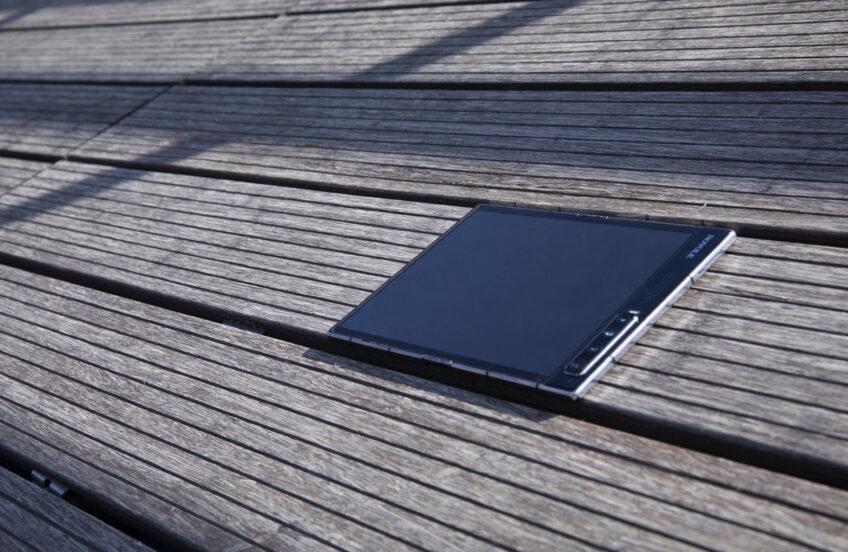 Конкурент Samsung Gаlаxy Z Fold2 и Huawei Mate X. Первые фотографии Royole FlexPai 2