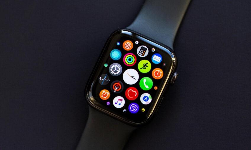 Удивительный результат Apple Watch. 100 млн устройств и 55% рынка носимых устройств